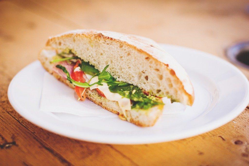 Repas équilibré sandwich