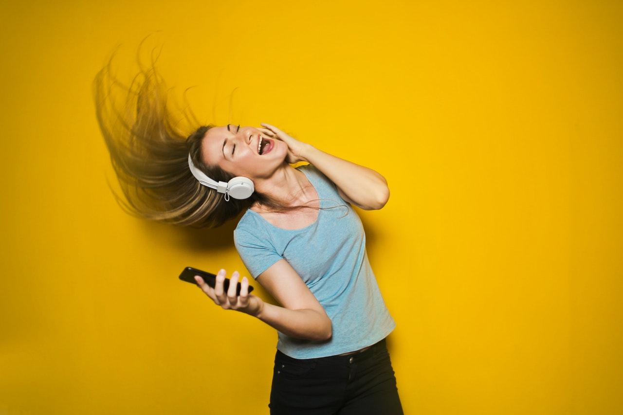 telephone et musique Low Cost