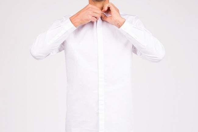 Comment nettoyer une chemise blanche